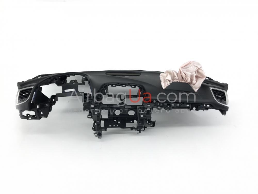 Mazda 3 2016-2019 Панель